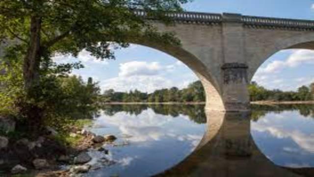 Viaduc sur la Creuse ©C. Rome