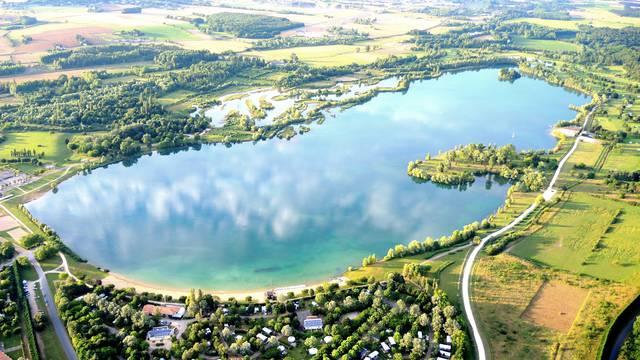 SAGA Saint-Cyr : Lac de Saint-Cyr – Restaurant La Table du Golf – Golf du Haut Poitou et Camping de Saint-Cyr