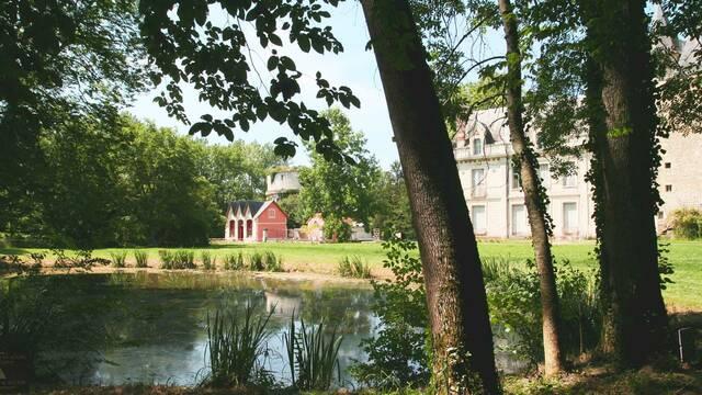 monthoiron chateau tour forteresse
