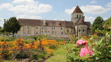 Conventual Set of Lencloître