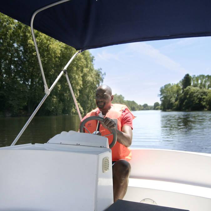 Philippe, régisseur du mini-port