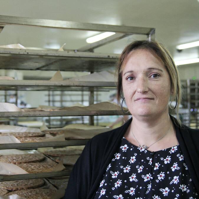 Sandra Brion, gérante de la Biscuiterie de Lencloître