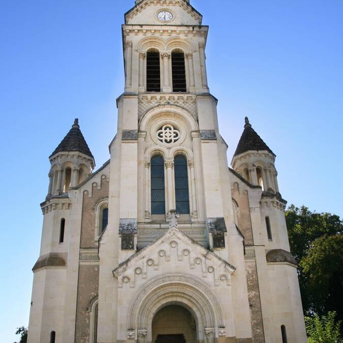 Les Ormes : l'église