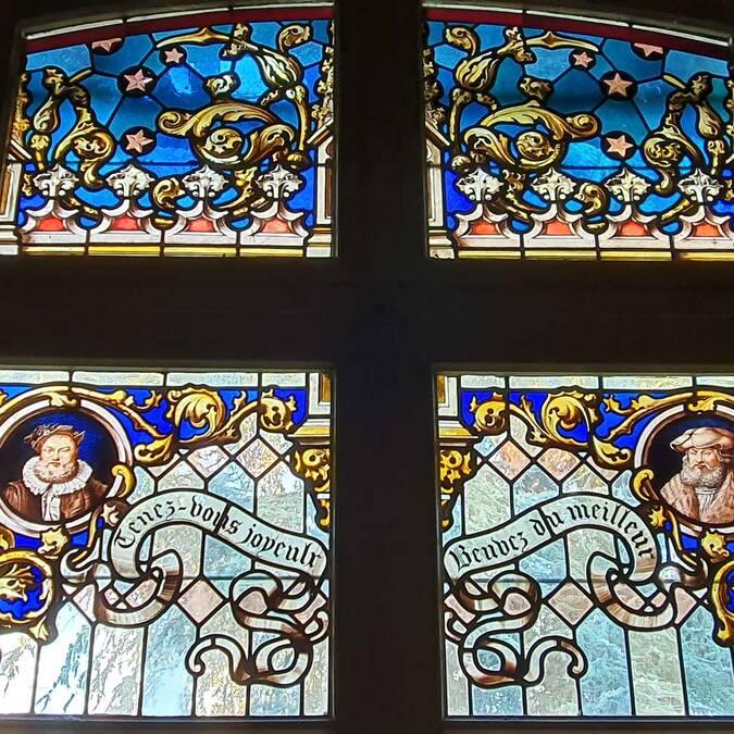 Rabelais sur les vitraux de la villa de Rodolphe Solis